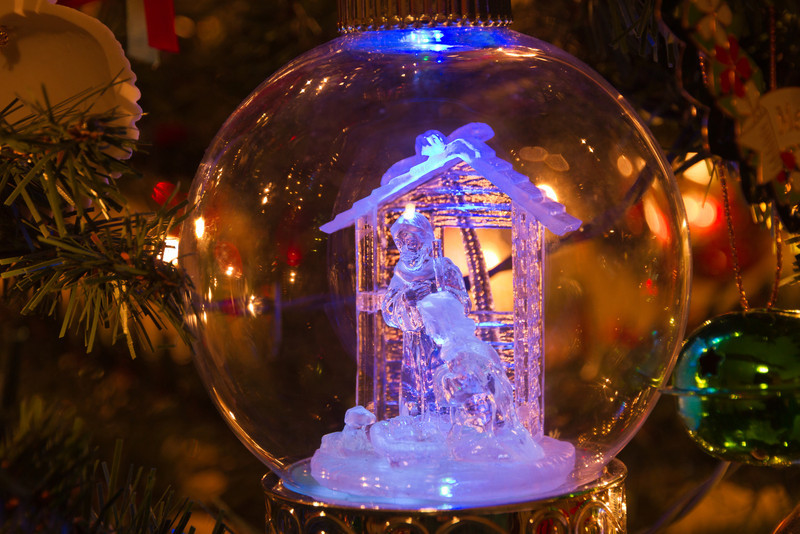 This ornament is a simple reminder of the true meaning of Christmas. Photo by Tim Stanley Photography.